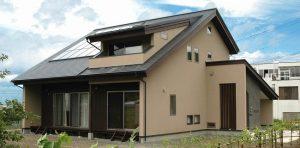 太陽の恵みと暮らす家