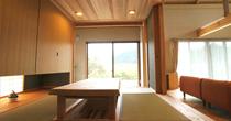 自然素材をふんだんに使用した木族の家の木造注文住宅