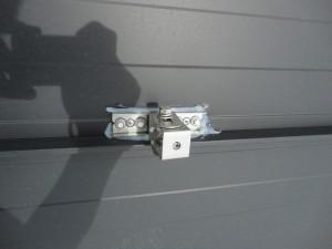 太陽光パネル金具