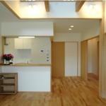リビングと対面式キッチン