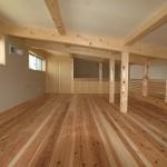 12 広い屋根裏部屋はお子さまのお気に入りスペース