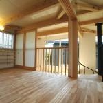 11 多目的室は引戸を開けると開放的な空間に