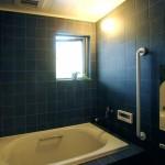 07_製作のお風呂。蛇口をひねればいつでも温泉が出る。