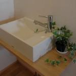 08 2階トイレの手洗い