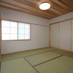 杉板天井と本格畳が美しい和室