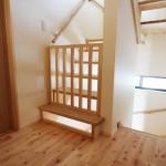 2階階段:子供用安全柵付き