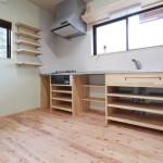 造作キッチン:天板はステンレス