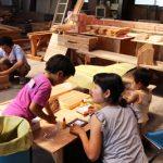 木工教室の様子-10(モザイクタイルを使ったフォトフレームづくり)_201608