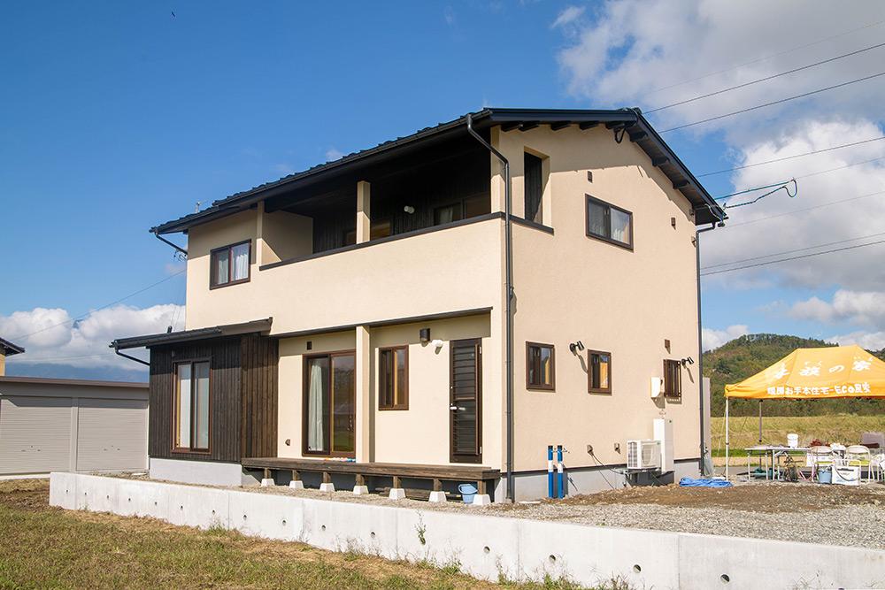新築・総二階の木の家