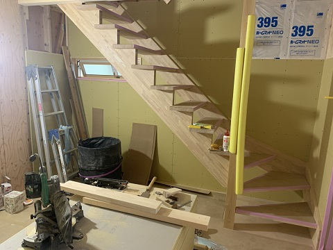 松本市里山辺 S様邸 階段取り付け