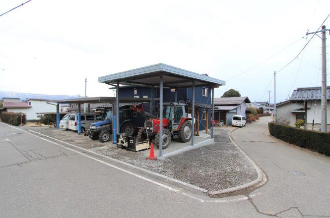 トラクター専用ガレージ