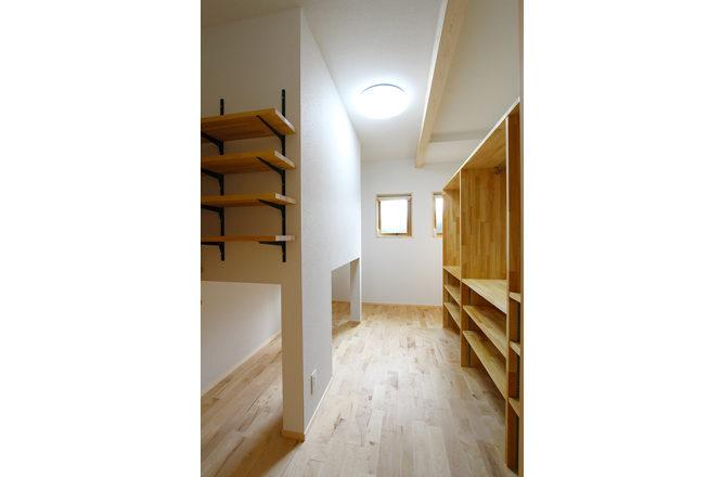 202007-y-Storage-room2