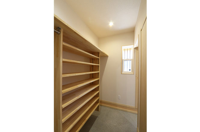 202103-k-Entrance-storage2