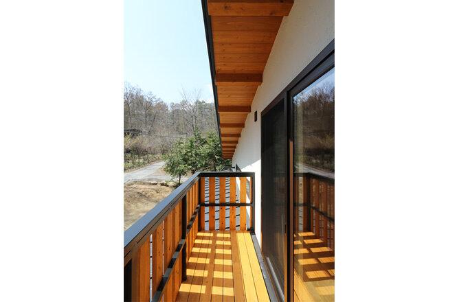 202103-k-balcony2