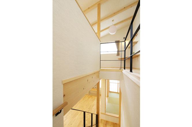 202103-m-Stairs2