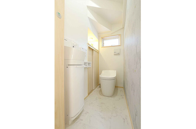 202109-h-toilet2