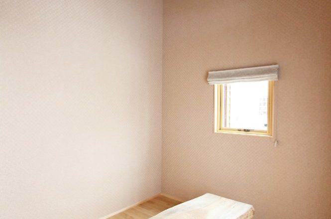 天井の高い趣味の部屋