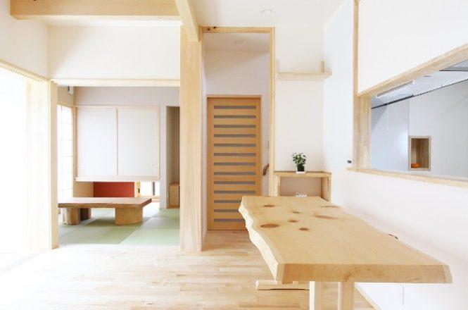 木曽檜一枚板の造作ダイニングテーブル