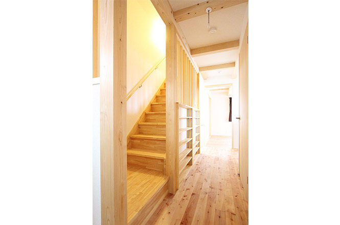 Stairs-to-loft2