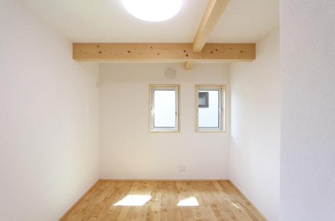 _Western-room-2-angle